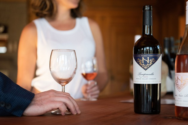 Suncrest_Tasting_Room_Tempranillo_630x420-VJOIER